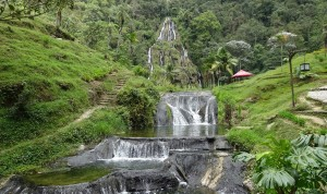 061_0027 Colombia - Santa Rosa - Termals