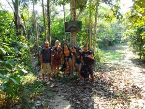 101 0075 Peru - Iquitos - Weg zu Arco Iris