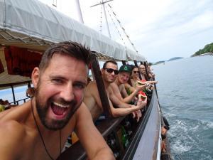 136 0054 Brasil - Paraty - Partyboat
