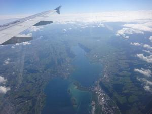 158 004 Flug in die Schweiz