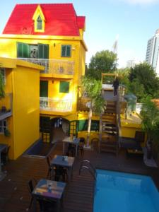 173 0015 Uruguay - Punta del Este - FF Hostel