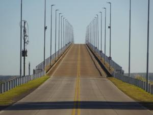 184 0006 Uruguay- Fahrt nach Argentina - Puente General San Martin